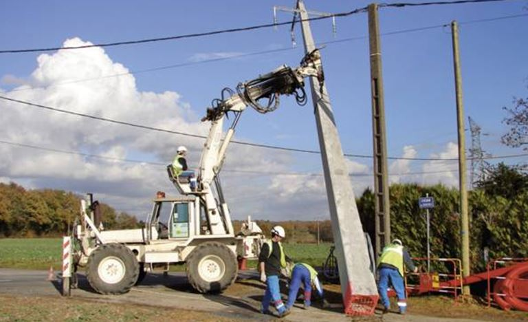 chef-de-chantier-en-installations-electriques