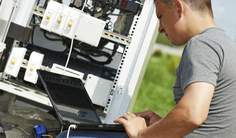 installateur-trice-en-telecoms